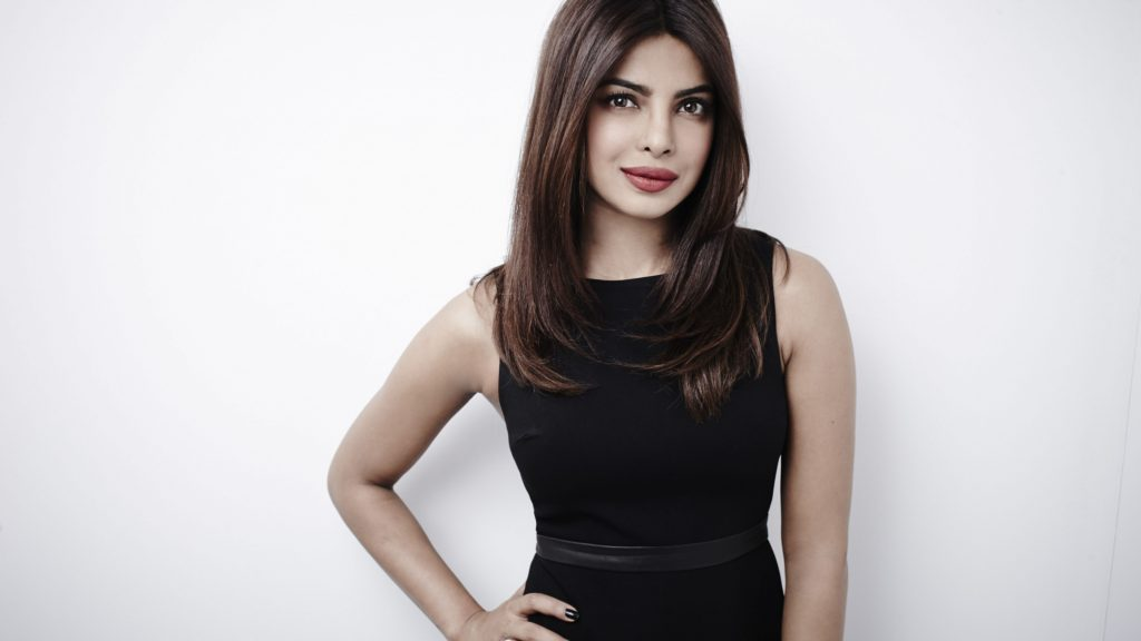 The Most Hottest girl in india Priyanka Chopra Bold images