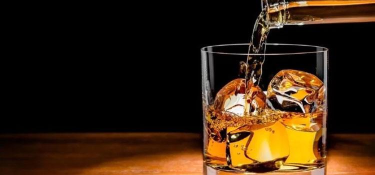 एक्साइज ने शराब परोसने के 37 नए लाइसेंस जारी किए