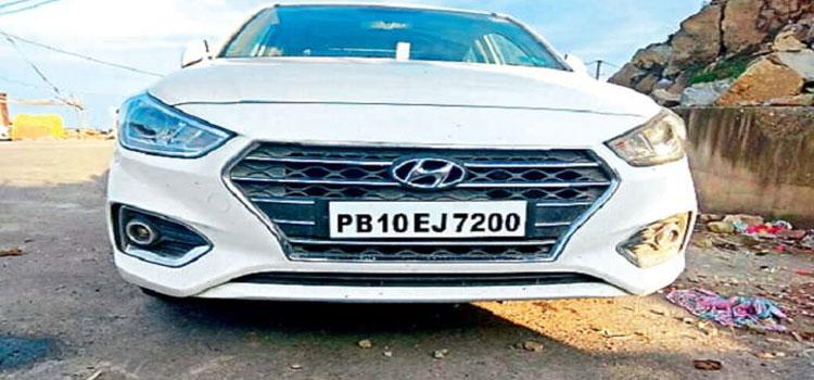 Thief Looted Car